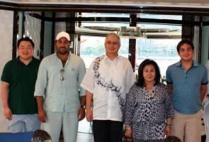 """""""Jho Low amat rapat dengan keluarga Najib"""" - bekas pegawai Najib"""