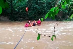 Lima remaja terperangkap di Burmese Pool diselamatkan