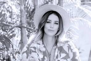Penyanyi Kylie Rae Harris maut nahas 3 kenderaan