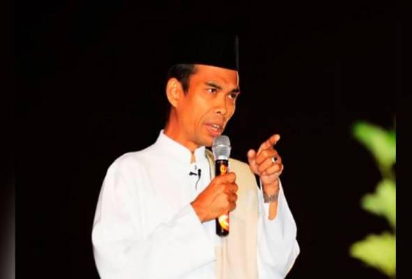 Abdul Somad menyifatkan pihak yang terlibat dengan pembakaran terbuka pada skala besar di Indonesia sehingga menyebabkan berlakunya jerebu teruk telah melakukan kejahatan luar biasa. -Foto Sinar Harian   Astro Awani