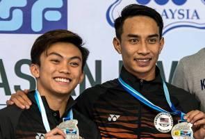 Gandingan penerjun negara rangkul dua emas pada Piala Asia