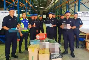 Minuman keras, rokok seludup bernilai hampir RM600,000 dirampas di Miri
