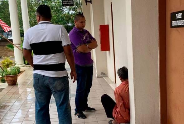 Pada Sabtu lalu, suspek ditahan reman selama tujuh hari sehingga Jumaat kerana dipercayai merogol anak tirinya yang kini berumur 15 tahun.