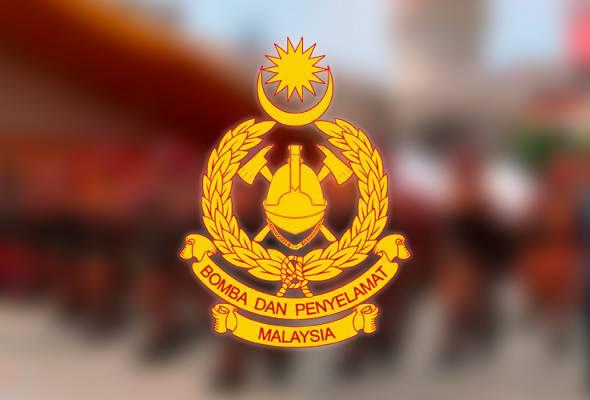 Bomba selamatkan kanak-kanak terperangkap dalam kereta di Johor