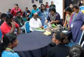 Tahanan LTTE rai Deepavali bersama keluarga
