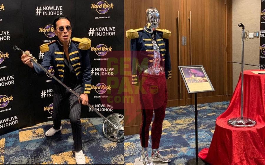'Ini adalah momen epik!' - Jaket, 'mic stand' Amy Search dipamerkan di Hard Rock Cafe