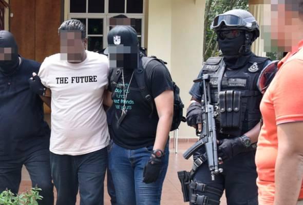 Pelbagai tohmahan dilempar kepada pihak Polis akan tetapi saya meyakini bahawa tangkapan yang dilakukan ini adalah tepat dan benar.