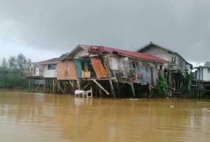 Wanita mengandung tujuh bulan cemas, rumah dirempuh kapal tongkang