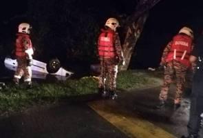 Lelaki maut kereta terhumban, terbalik dalam parit
