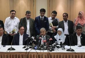 Tolonglah letak calon UMNO di Tanjung Piai supaya kami boleh menang - Tun M