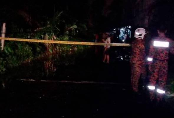 Hujan lebat punca tanah runtuh belakang apartment di Rawang