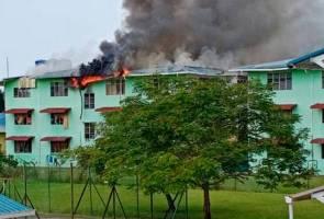 Pelajar cemas asrama sekolah terbakar