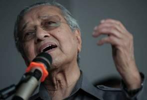 'Saya dah jangka, tapi...' - Tun M terkejut PH kalah majoriti besar di Tanjung Piai
