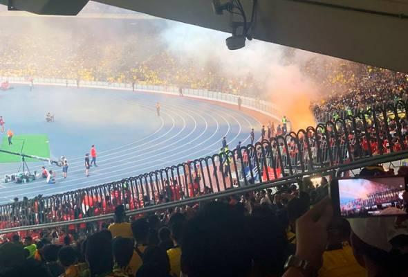 Suar dibakar sebaik jaringan gol pertama Malaysia