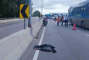 Penunggang motosikal maut badan terputus dua dalam kemalangan