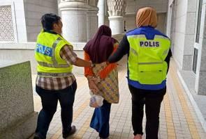 Bunuh bayi, dua wanita termasuk seorang pegawai Jakim didakwa