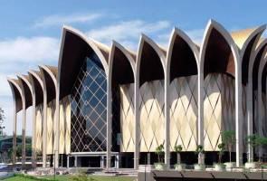 Siling Kampus Muzium Sarawak rosak akibat angin kencang