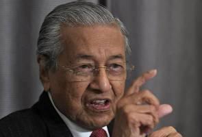 Negaraku hanya boleh dinyanyikan dalam bahasa kebangsaan - Tun Mahathir