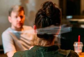Pakar psikiatri, pegawai psikologi atau kaunselor:  Sama atau berbeza?