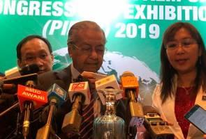 Hidung Dr Mahathir berdarah ketika sidang media