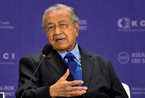 Tun M lawat aset LNG terapung kedua Petronas