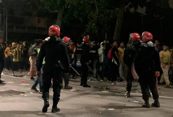 41 penyokong Harimau Malaya, Garuda ditahan