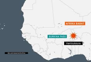 14 maut dalam serangan sekumpulan lelaki bersenjata ke atas gereja di Burkina Faso