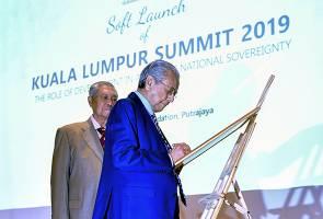 Sidang Kemuncak Kuala Lumpur penting untuk bawa mesej Islam sebenar - Mujahid