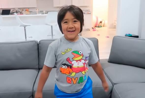 Umur baru lapan, YouTube laman permainan,  Ryan kini jutawan