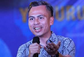 Fahmi sahkan tiada usul undi tidak percaya pada Anwar Ibrahim