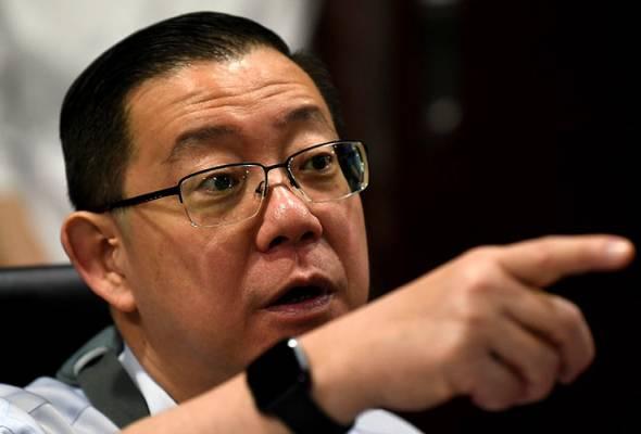 Tun Dr Mahathir Mohamad had refused to fulfill Pakatan Harapan's General Election Manifesto, says  DAP secretary-general Lim Guan Eng.