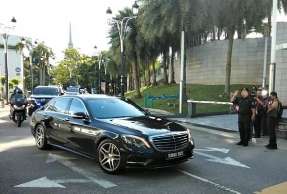 Tun M tiba untuk bertemu Ahli Parlimen Bersatu