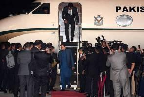 Imran Khan tiba untuk lawatan kerja dua hari ke Malaysia