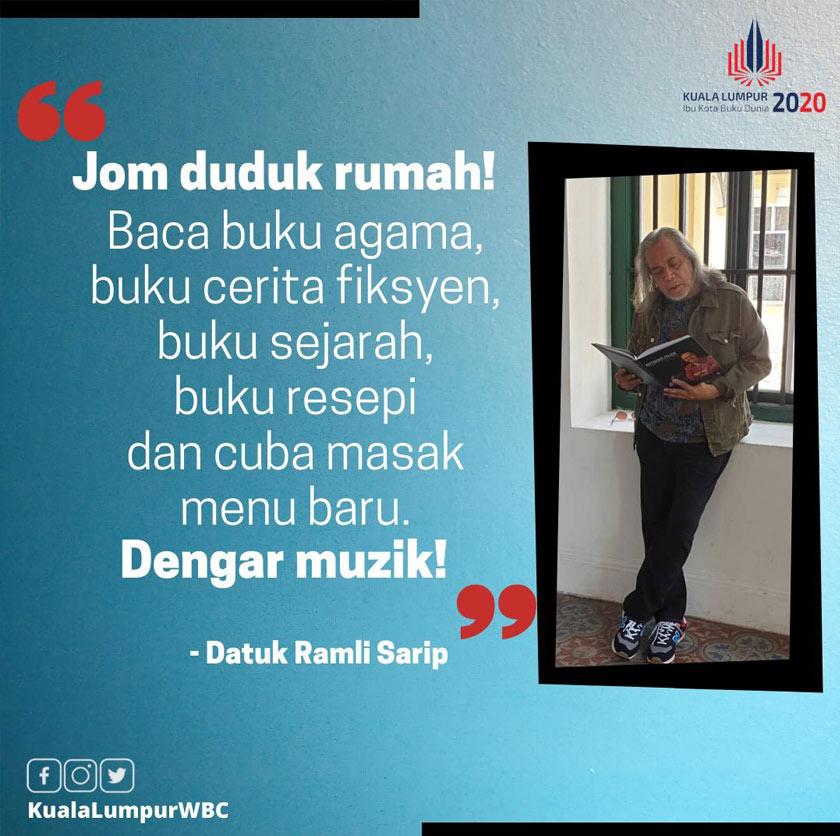 Ramli Sarip juga sentiasa berkasut kanvas dan jeans lusuh; identiti klasik sejak muncul bersama band Sweet Charity pada 1967.