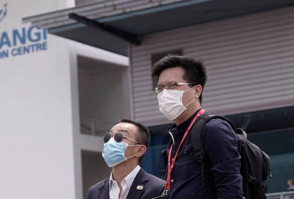MOH Singapura mengesahkan 106 kes jangkitan baharu COVID-19, menjadikan jumlah keseluruhan kepada 1,481 kes di republik itu. -AP | Astro Awani