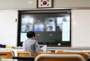 COVID-19: Korea Selatan mula sesi persekolahan kelas dalam talian