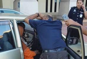 Wanita 'stres' pandu masuk kereta ke dalam lapangan terbang