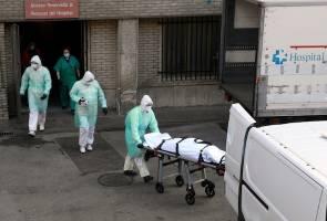 Three billion under lockdown as UN warns virus threatens humanity
