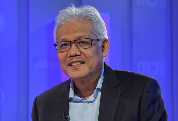Hamzah will replace Senator Datuk Wira Marzuki Yahya, who was terminated from the post effective March 18. - Pic BERNAMA   Astro Awani
