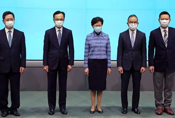 Hong Kong umum rombakan Kabinet, usaha pemulihan ekonomi