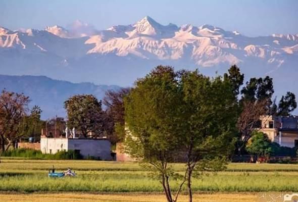 Selepas 30 tahun, pergunungan Himalaya akhirnya dapat dilihat dengan jelas
