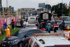 Dua kumpulan penunda kenderaan gaduh rebut pelanggan