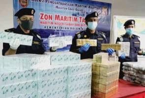 Juragan terjun laut, rokok kretek 372 karton bernilai RM22,000 dirampas