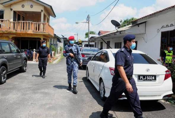 Police issued 11,379 compounds to individuals and companies or premises - BERNAMA | Astro Awani