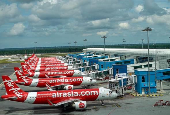 51591790117 AirAsia - AirAsia catat kerugian RM803.85 juta pada suku pertama 2020