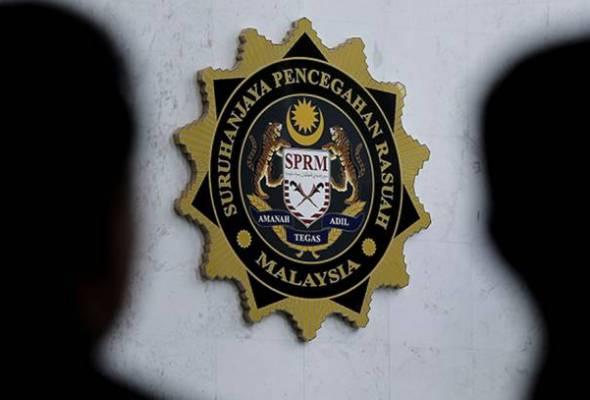 SPRM tahan inspektor, sarjan minta rasuah tauke buka kedai vape sewaktu PKPB