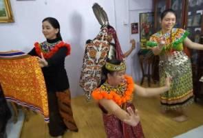 Kekal tradisi Gawai, tarian Ngajat tidak dilupa walaupun dalam suasana PKPB
