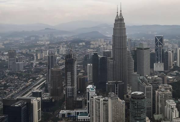 61591942331 PetronasTwinTowers - Langkah kerajaan guna pinjaman domestik disifatkan tepat, wajar - Ahli ekonomi