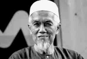 Pas veteran chairman Subky Latif died
