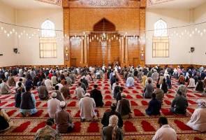 Imam antara dua korban serangan bom dalam masjid di Kabul